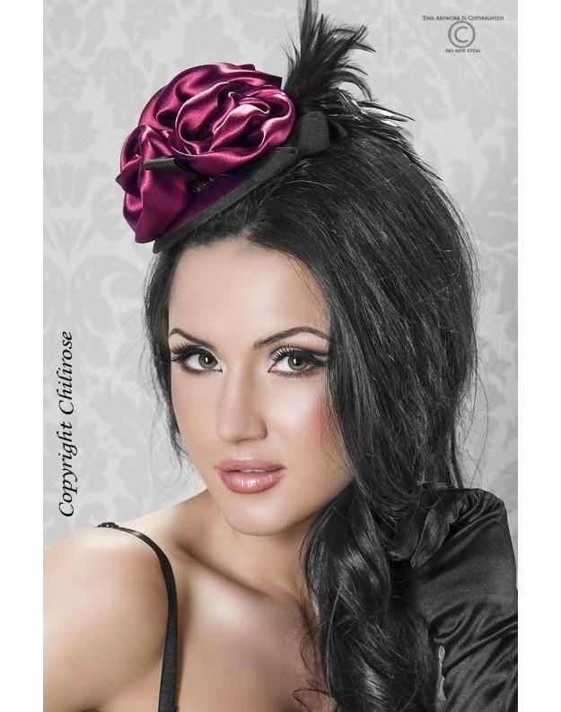 Mini kepuraitė su rože ir plunksnomis
